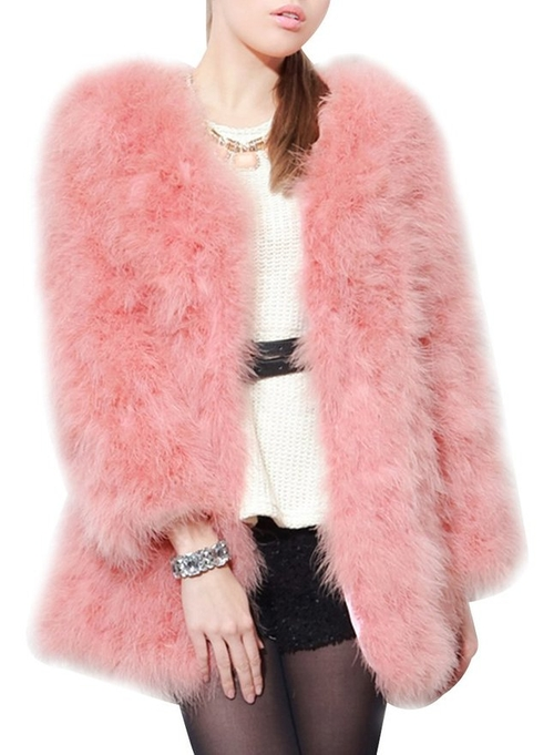 Faux Fur Coat by Ubasics in Scream Queens - Season 1 Episode 10