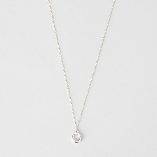 Small Toro Loop Pendant Necklace by Steven Alan in The Boy
