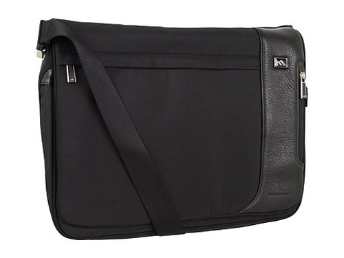 Broadmore Messenger Bag by Brenthaven in If I Stay