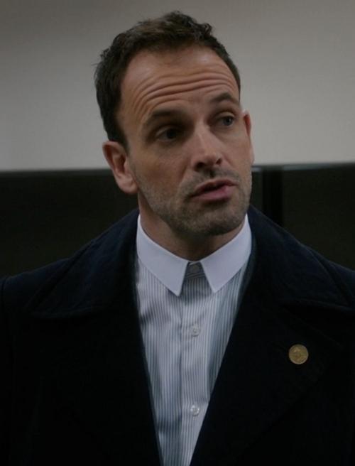 Custom Made Contrast Collar Stripe Shirt by Cego in Elementary - Season 4 Episode 13