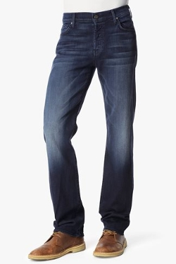 Standard Classic Straight Jeans by 7 For All Mankind in Trainwreck