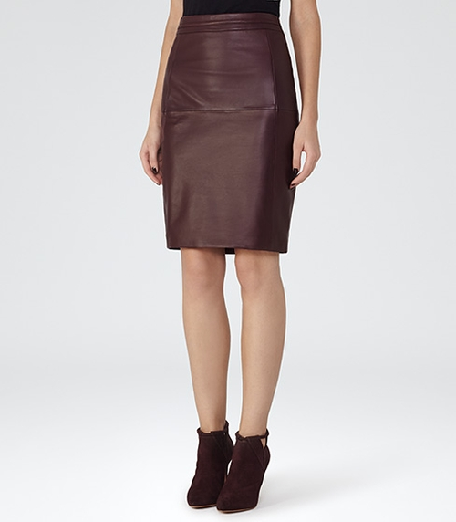 Leather-Panel Pencil Skirt by Reiss in Chelsea - Season 1 Episode 2