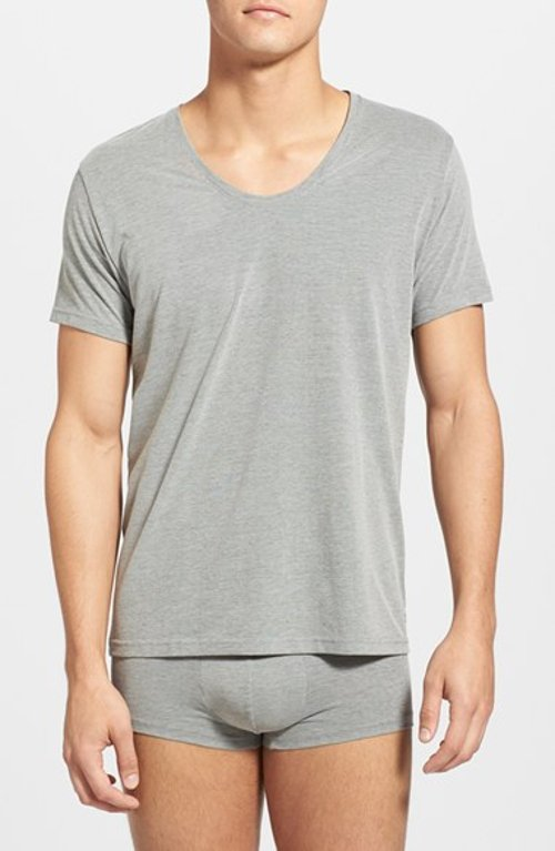 Curve Neck T-Shirt by Calvin Klein in Vice