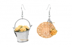 Straw Hat & Flowery Bucket Earrings by Belgazou in Fuller House