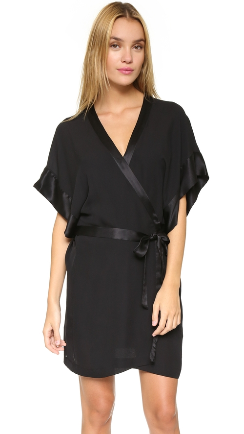 Georgette Kimono by Fleur du Mal in Keeping Up With The Kardashians - Season 11 Episode 1