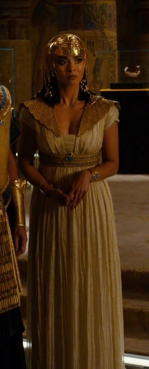 Custom Made Egyptian Royalty Costume (Shepseheret) by Marlene Stewart (Costume Designer) in Night at the Museum: Secret of the Tomb