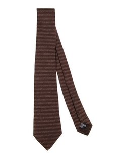 Stripe Tie by Armani Collezioni in Confessions of a Shopaholic