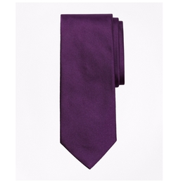 Solid Repp Tie by Brooks Brothers in The Boss