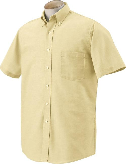 Men's Short Sleeve Oxford Dress Shirt by Van Heusen in St. Vincent