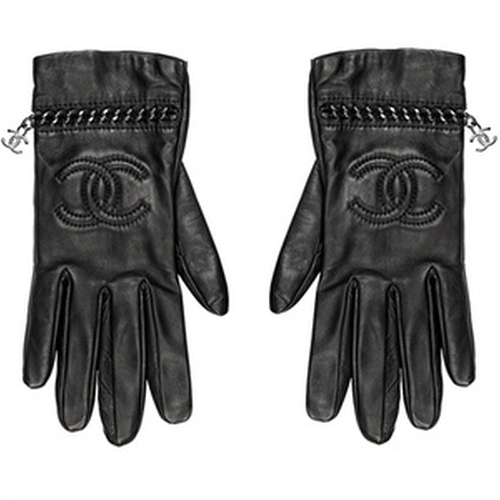 Leather Logo Gloves by Chanel in Sex and the City