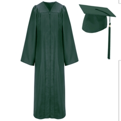Graduation Cap and Gown by Josten's in Pitch Perfect 2
