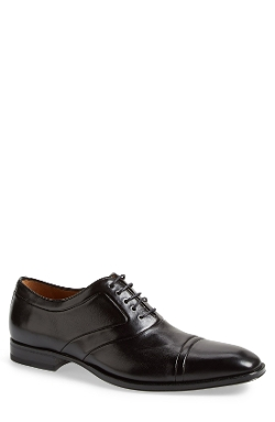 'Hubert' Cap Toe Oxford Shoes by Mezlan in Self/Less