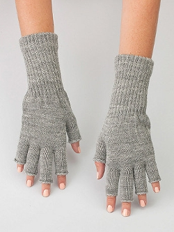 Unisex Wool Blend Fingerless Gloves by American Apparel in The Visit
