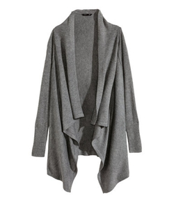 Draped Cardigan by H&M in Modern Family