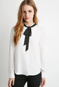 Self-Tie Neck Blouse by Forever 21 in Scream Queens