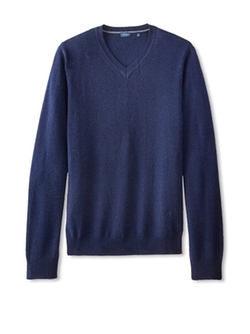 Cashmere Solid V-Neck Pullover by Thirty Five Kent in Now You See Me 2