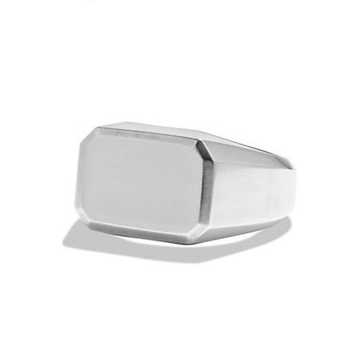 Heirloom Classic Signet Ring by David Yurman in Ocean's Eleven