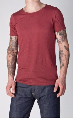 Dark Red T-Shirt by Merz B. Schwanen in Point Break