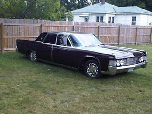 tom hardy lincoln continental 1965 four door sedan from legend thetake. Black Bedroom Furniture Sets. Home Design Ideas