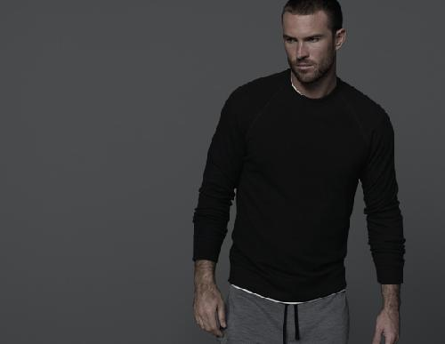 ACTIVE THERMAL RAGLAN PULLOVER by James Perse in Sabotage