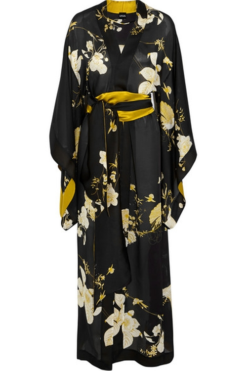 Printed Silk-Satin Robe by Carine Gilson in American Horror Story - Season 5 Episode 2