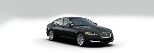 XF by Jaguar in Edge of Tomorrow