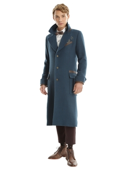 Newt Scamander Overcoat by Hot Topic in Fantastic Beasts and Where to Find Them