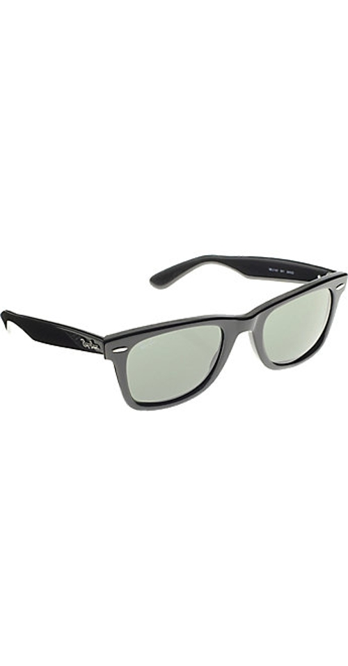 Classic Wayfarer Sunglasses by Ray-Ban in The Overnight