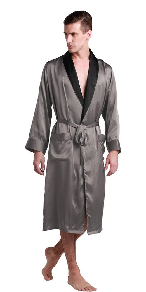 Momme Collar Silk Robe by LilySilk in Back To The Future