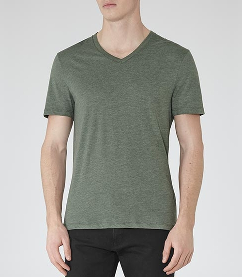 V-Neck T-Shirt by Reiss in Jessica Jones