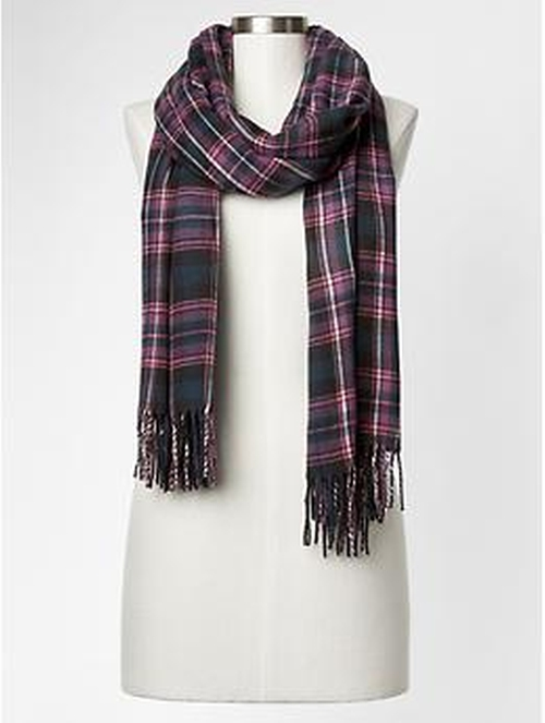 Cozy Railroad Plaid Scarf by Gap in Confessions of a Shopaholic