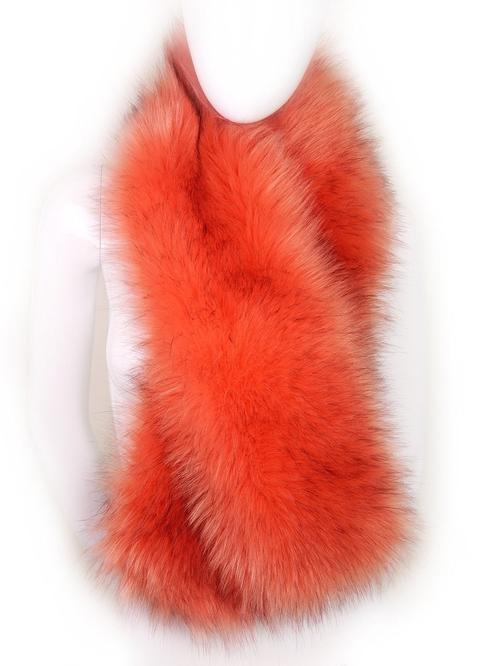 Fur Collar Shawl by Futrzane in Scream Queens - Season 2 Episode 2