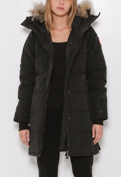 Shelburne Parka Jacket by Canada Goose in Elementary