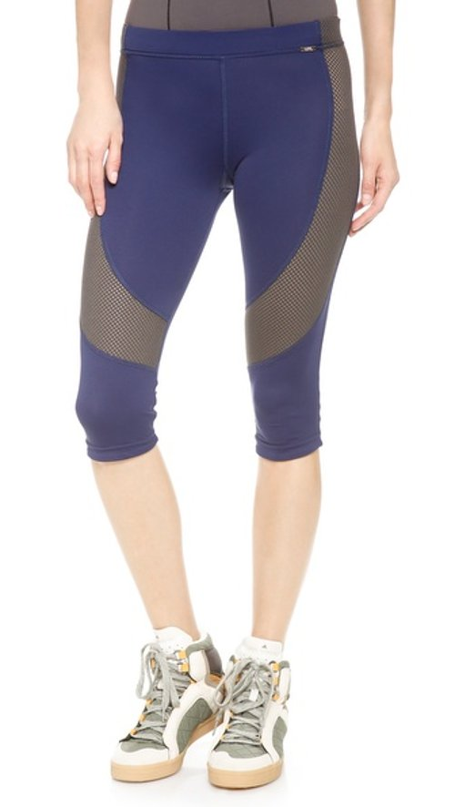 Flexure Capri Leggings by VPL in The Other Woman