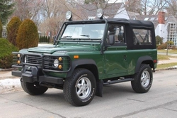 1994 Defender 90 SUV by Land Rover in Mission: Impossible - Ghost Protocol