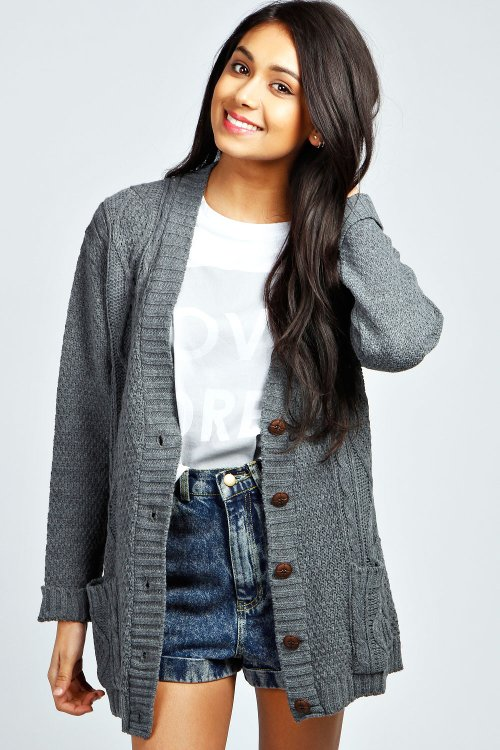 Daisy Boyfriend Cardigan by Boohoo in If I Stay