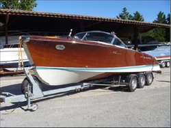1965 Aquarama Power Boat by Riva in The Man from U.N.C.L.E.