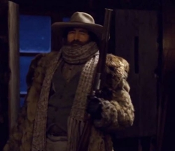 Custom Made 'Bob' Leather Gloves by Gaspar Gloves in The Hateful Eight