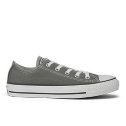 Chuck Taylor All Star Sneakers by Converse in Ashby