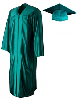 Shiny Emerald Green Cap & Gown by Graduation Source in Sisters