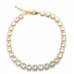 Chunky Round Crystal Necklace by Zoky Doky in Pitch Perfect 2