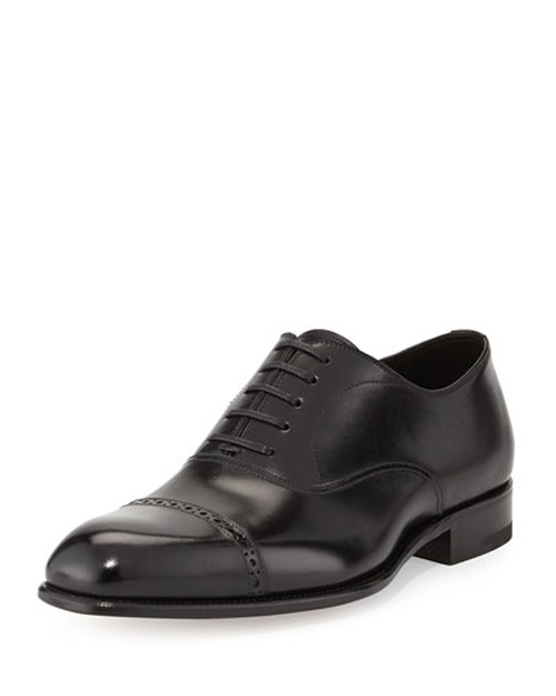 Charles Cap-Toe Oxford Shoes by Tom Ford	 in Suits - Season 5 Episode 8