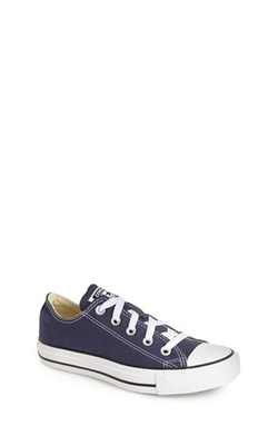 Chuck Taylor Sneaker by Converse in Supergirl