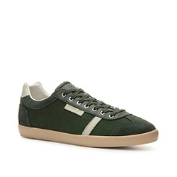 Brendel 3 Sneaker by Lacoste in Pitch Perfect 2