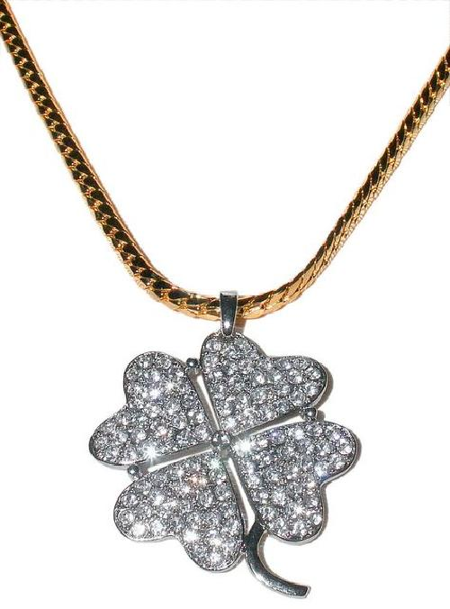 Four Leaf Clover Necklace by Chahan Minassian in Sex and the City 2