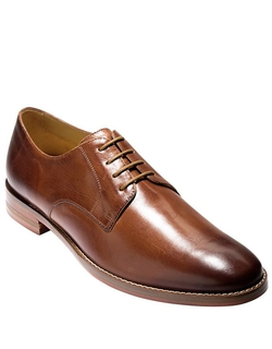 Leather Oxford Shoes by Cole Haan in Modern Family