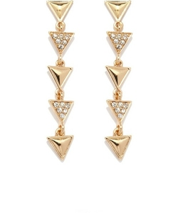 Gold Triangle Earrings by Forever 21 in Pitch Perfect 2