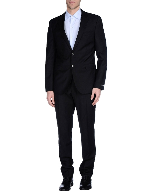 Lapel Collar Suits by Boss Black in Ted 2