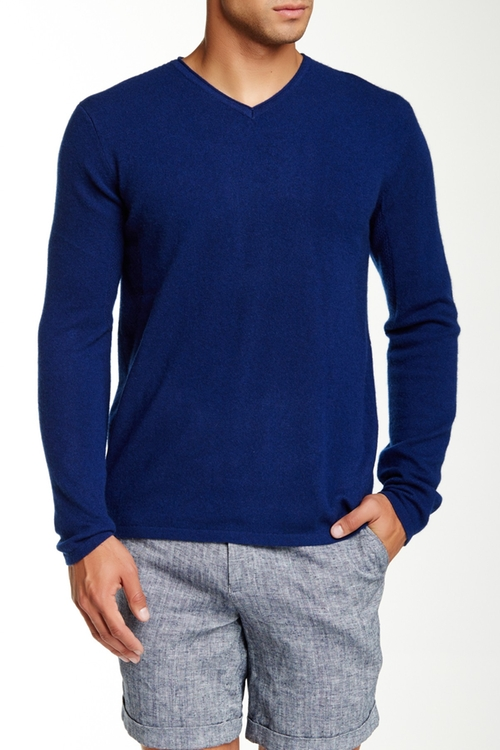 V-Neck Cashmere Sweater by Nordstrom in Central Intelligence
