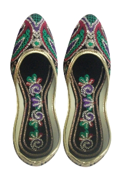 Black Velvet Punjabi Mojari Shoes by Utsavfashion in The Second Best Exotic Marigold Hotel